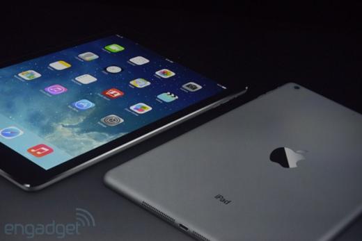 De achterkant van de iPad Air lijkt op die van de iPad mini.