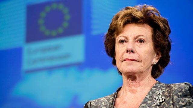 Neelie Kroes initieerde het voorstel tot afschaffen van roamingkosten al in 2012.