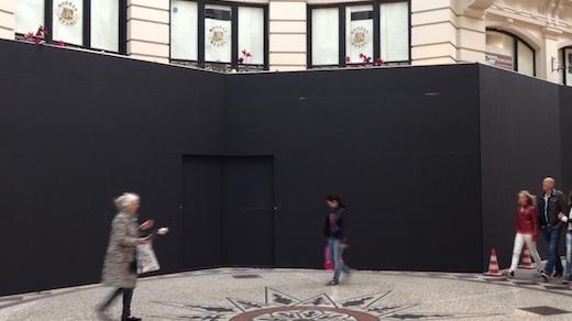 De Apple Store in de Passage is nog lang niet klaar voor opening.