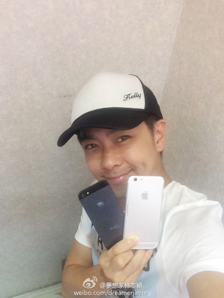 But first, let me take an iPhone 6 selfie.