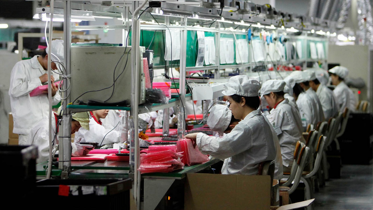 foxconn-fabriek-16x9