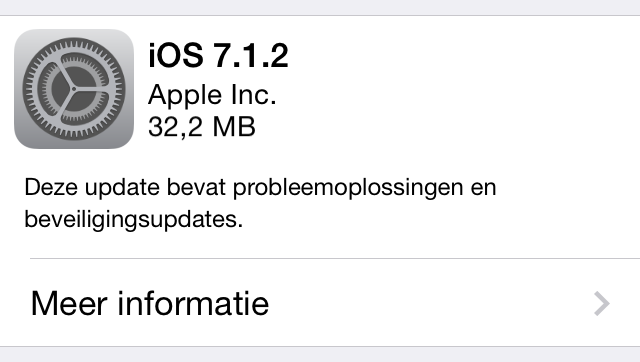 iOS 7.1.2 is via Instellingen > Algemeen > Software-update te installeren.