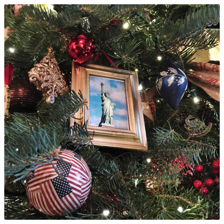 white-house-christmas-holidays-brooks-kraft-7