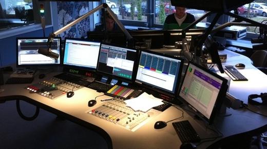 De reguliere 3FM-studio