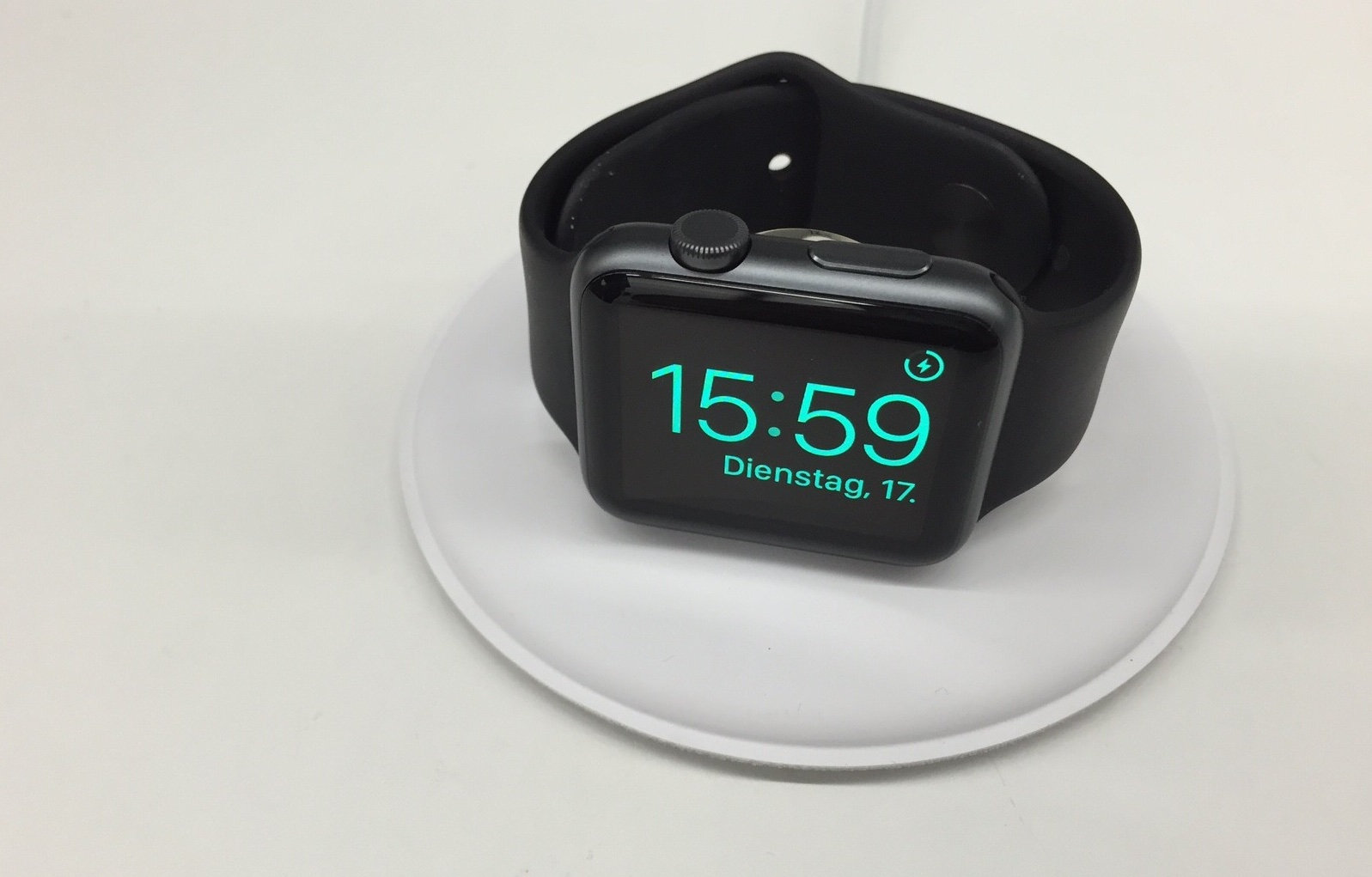 applewatchdock-new-4