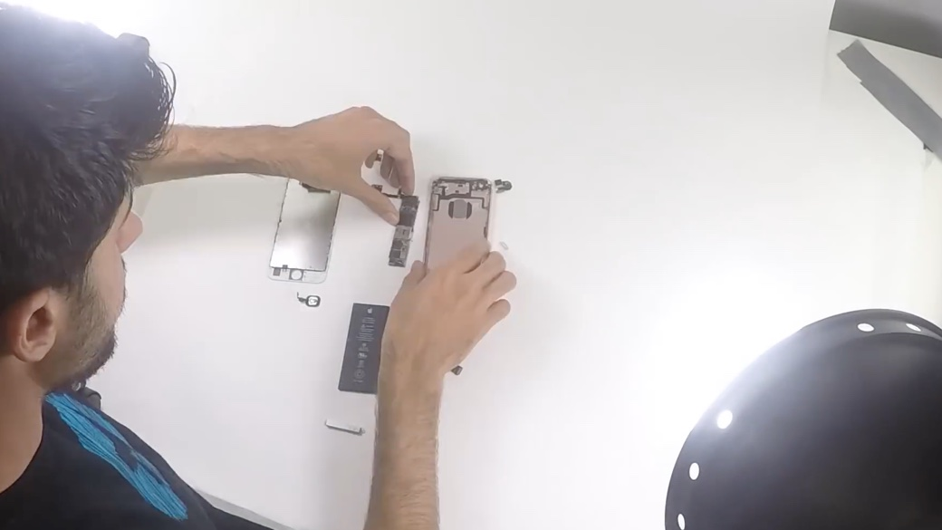 ifixit-behind-004