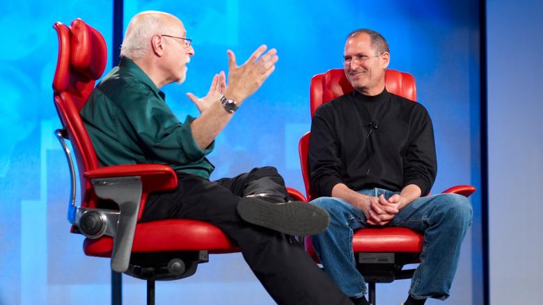 Walt Mossberg en Steve Jobs tijdens de All Things D conferentie.