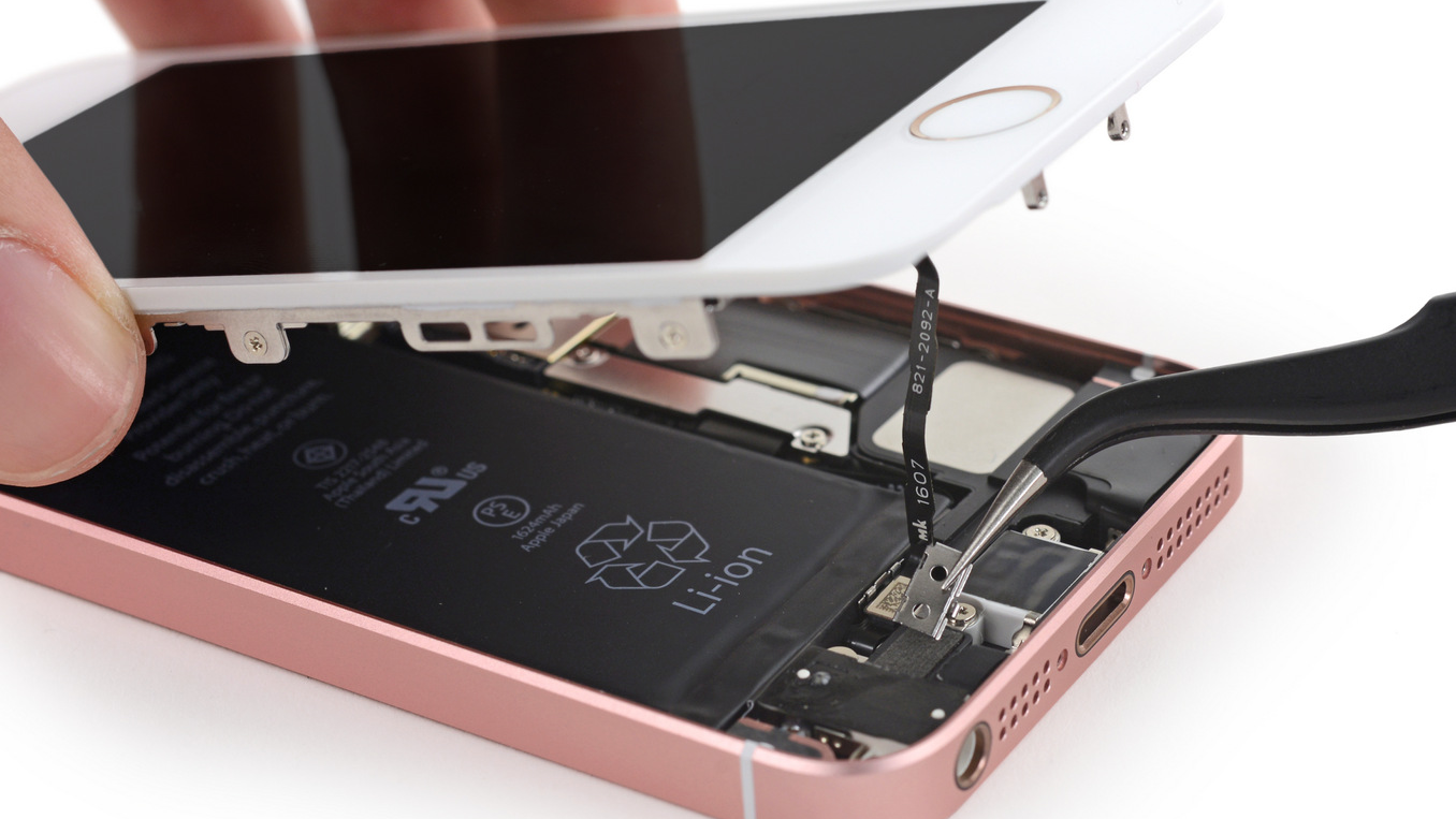 iphone-se-teardown-ifixit-16x9