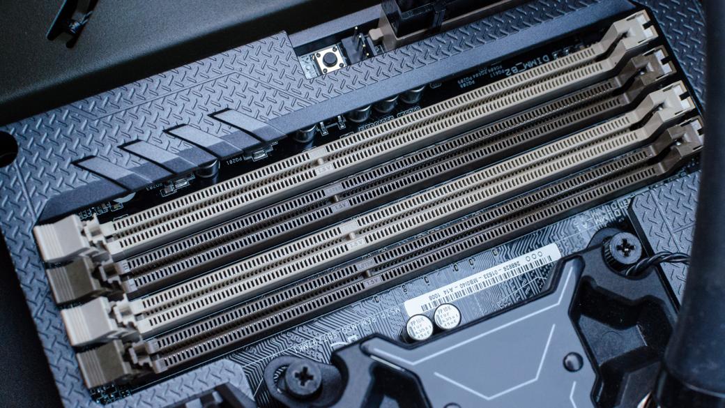 DDR4-16x9
