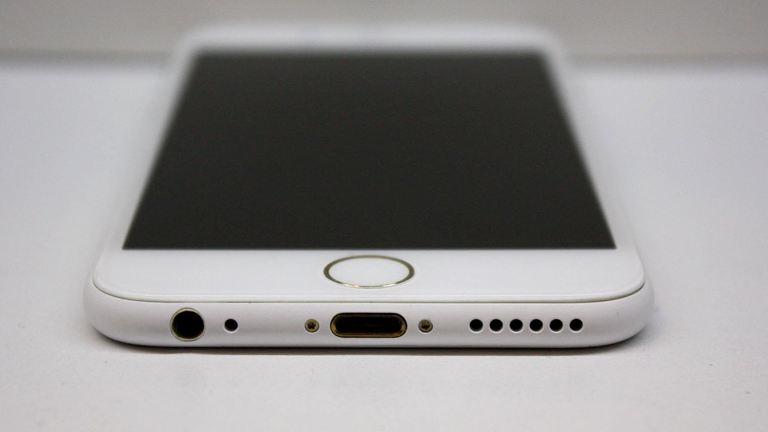 Witte iPhone 6s (onofficieel) - Foto 1/3