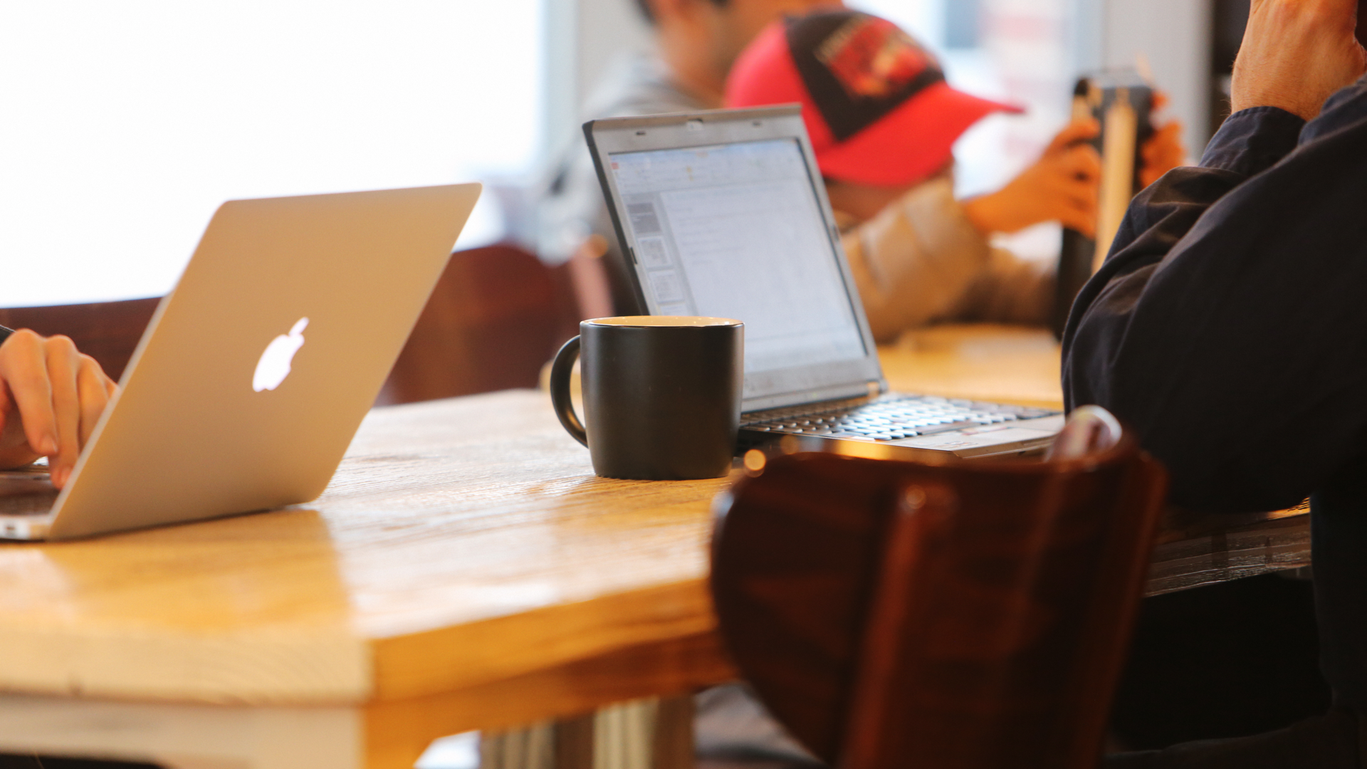 Mac coffee shop