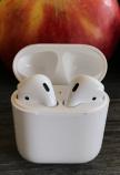 Airpods met Appel 16x9