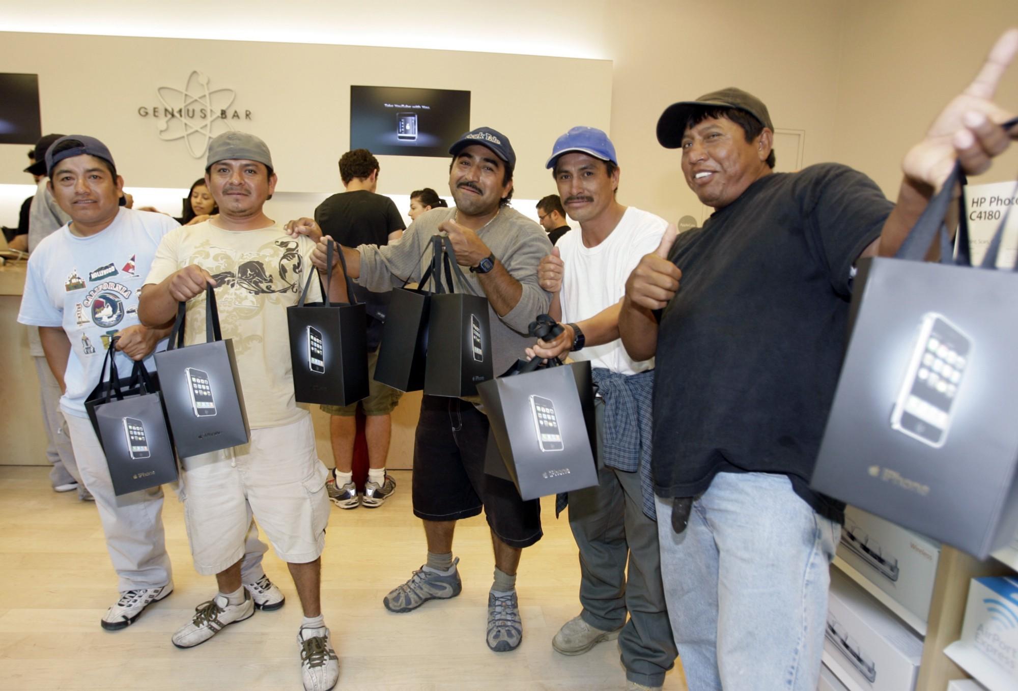 10 jaar iphone eerste klanten 2007