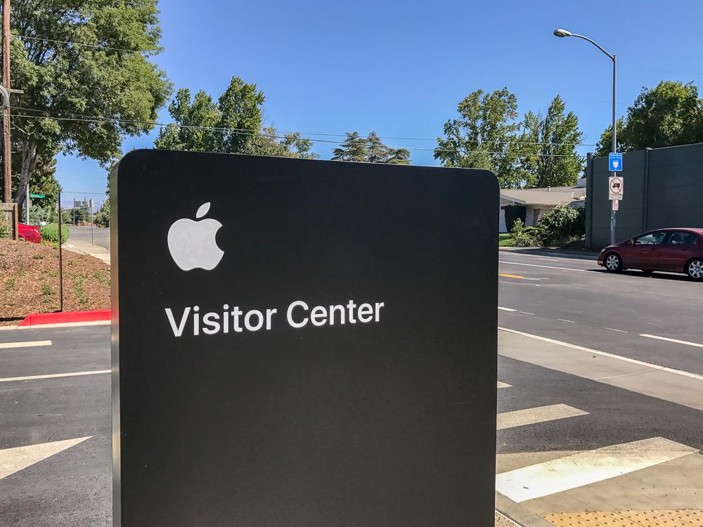 Apple Park bezoekerscentrum 003
