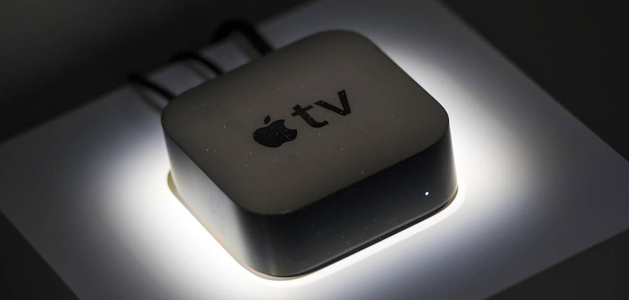 Apple TV spontaan aan