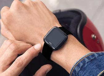Fitbit Versa 16x9