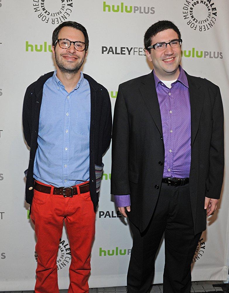 Adam Horrowitz en Edward Kitsis Apple Video