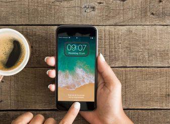 VoiceOver Iphone zet uit