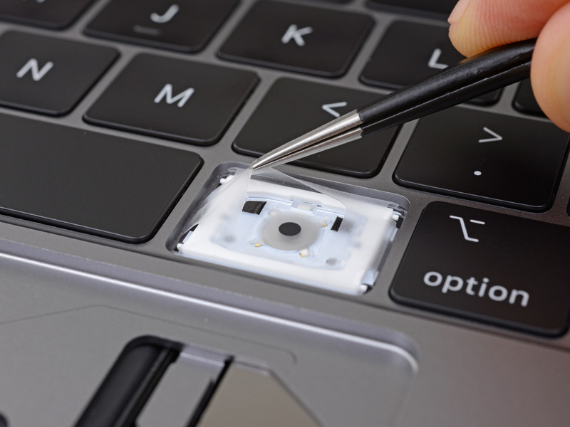 Apple MacBook Pro 2018 toetsenbord iFixit