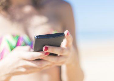 telefoon strand buitenland