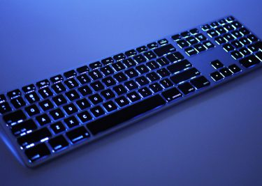 Toetsenbord Met Licht : Matias maakt het toetsenbord dat apple vergat one more thing