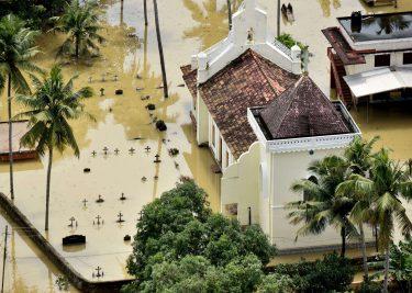 Apple Inda Overstroming Kerala