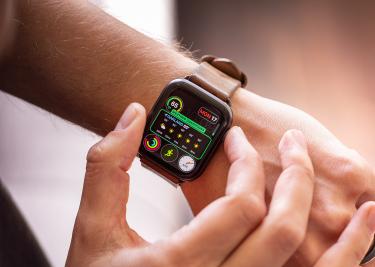 Apple Watch Series 4 arm