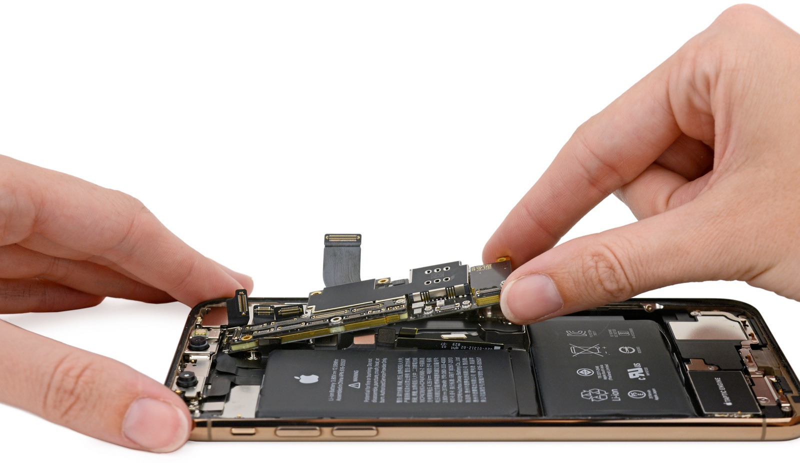 iPhone Xs Teardown 001