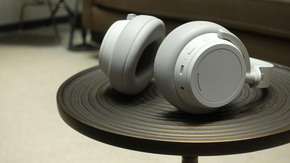 Surface Headphones 001