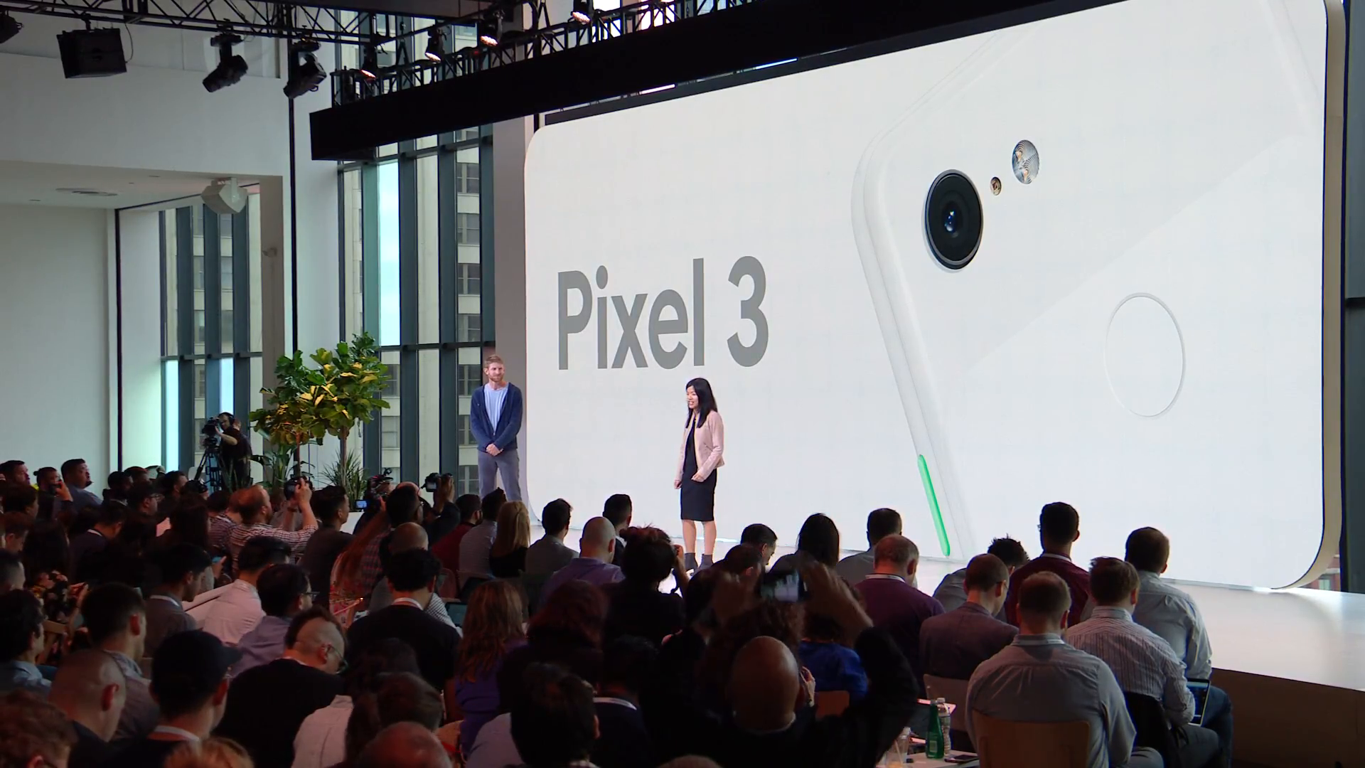 Google Pixel 3 Apple iPhone concurrent
