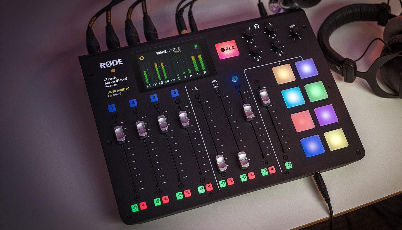 RØDECaster Pro podcast console