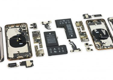 iPhone Xs teardown