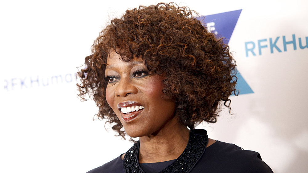 Alfre Woodard Apple Video