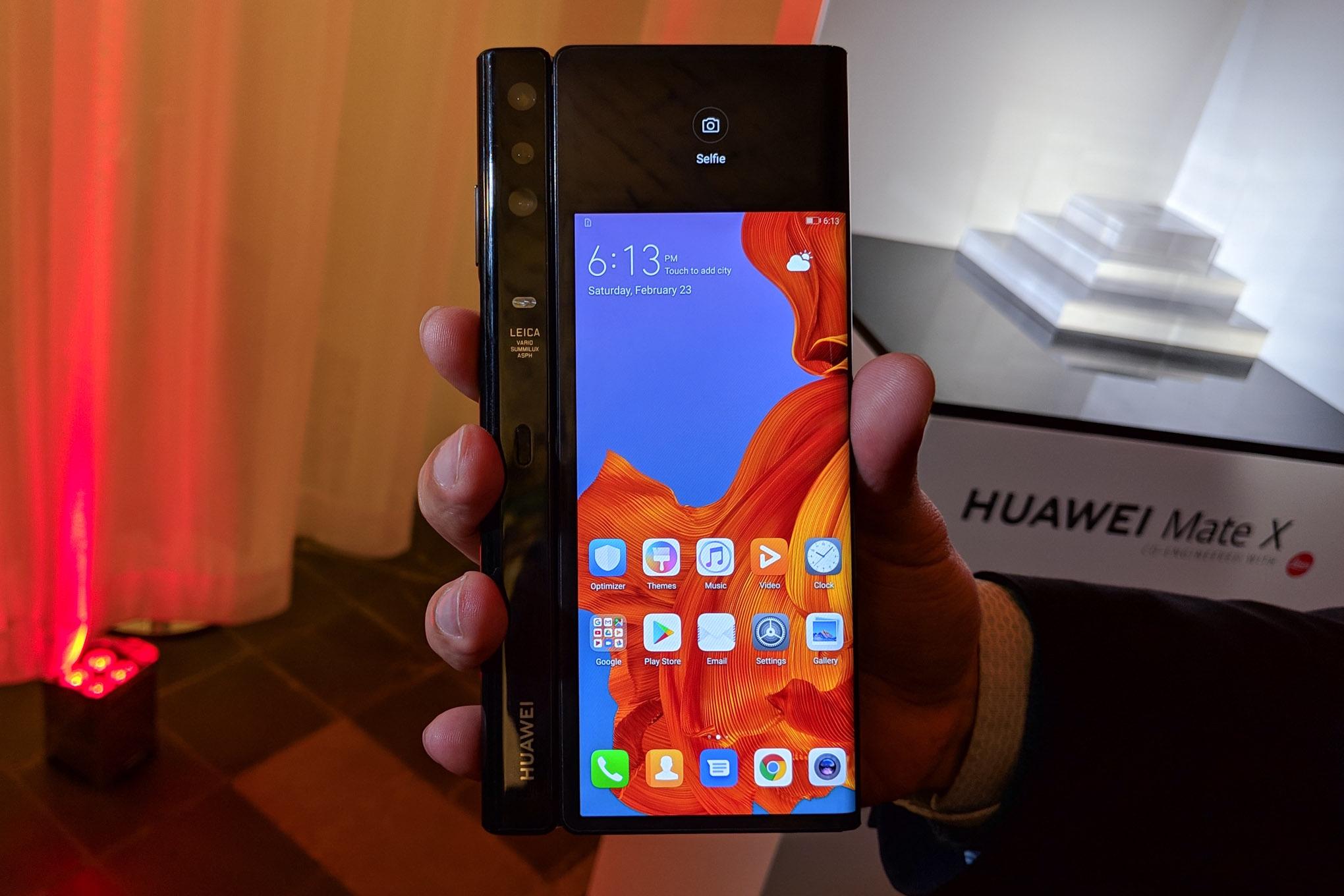 Huawei Mate X dicht achterste scherm