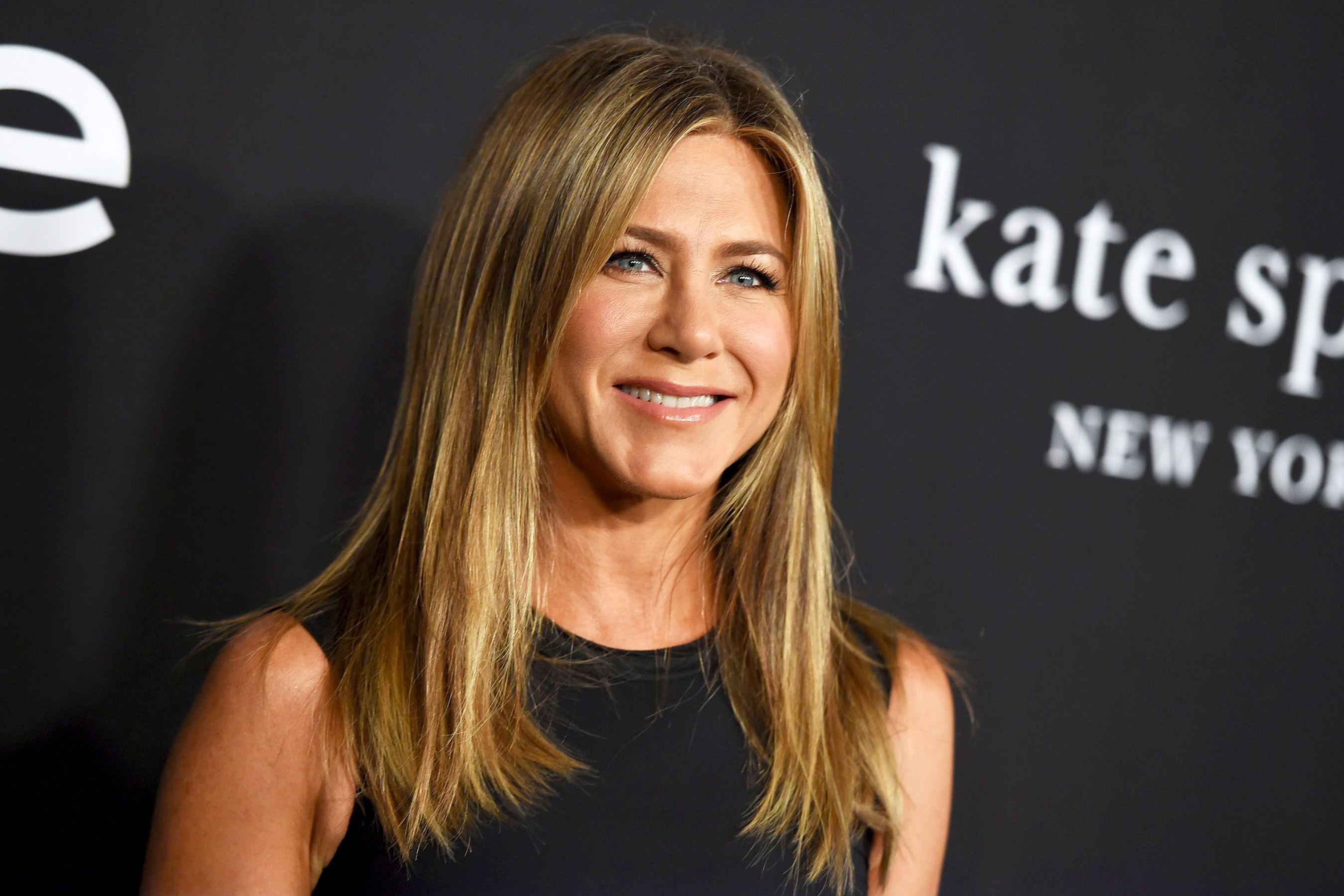jennifer aniston apple video
