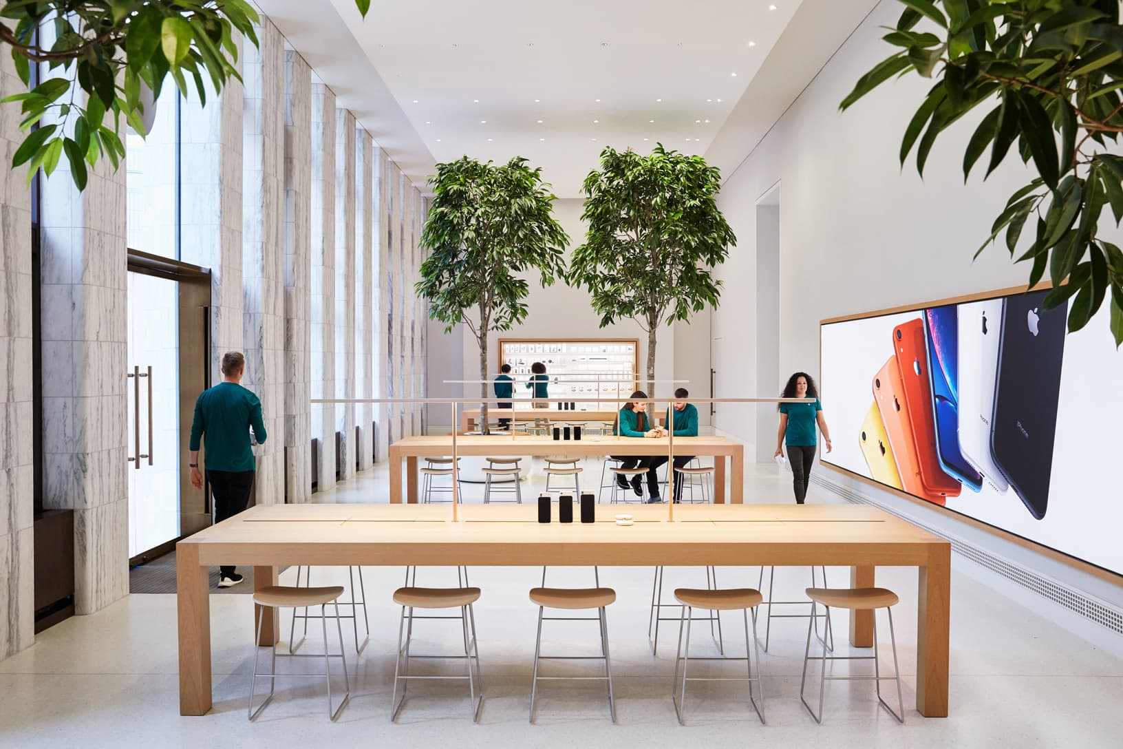 Apple Store Carnegie Library in Washington D.C.