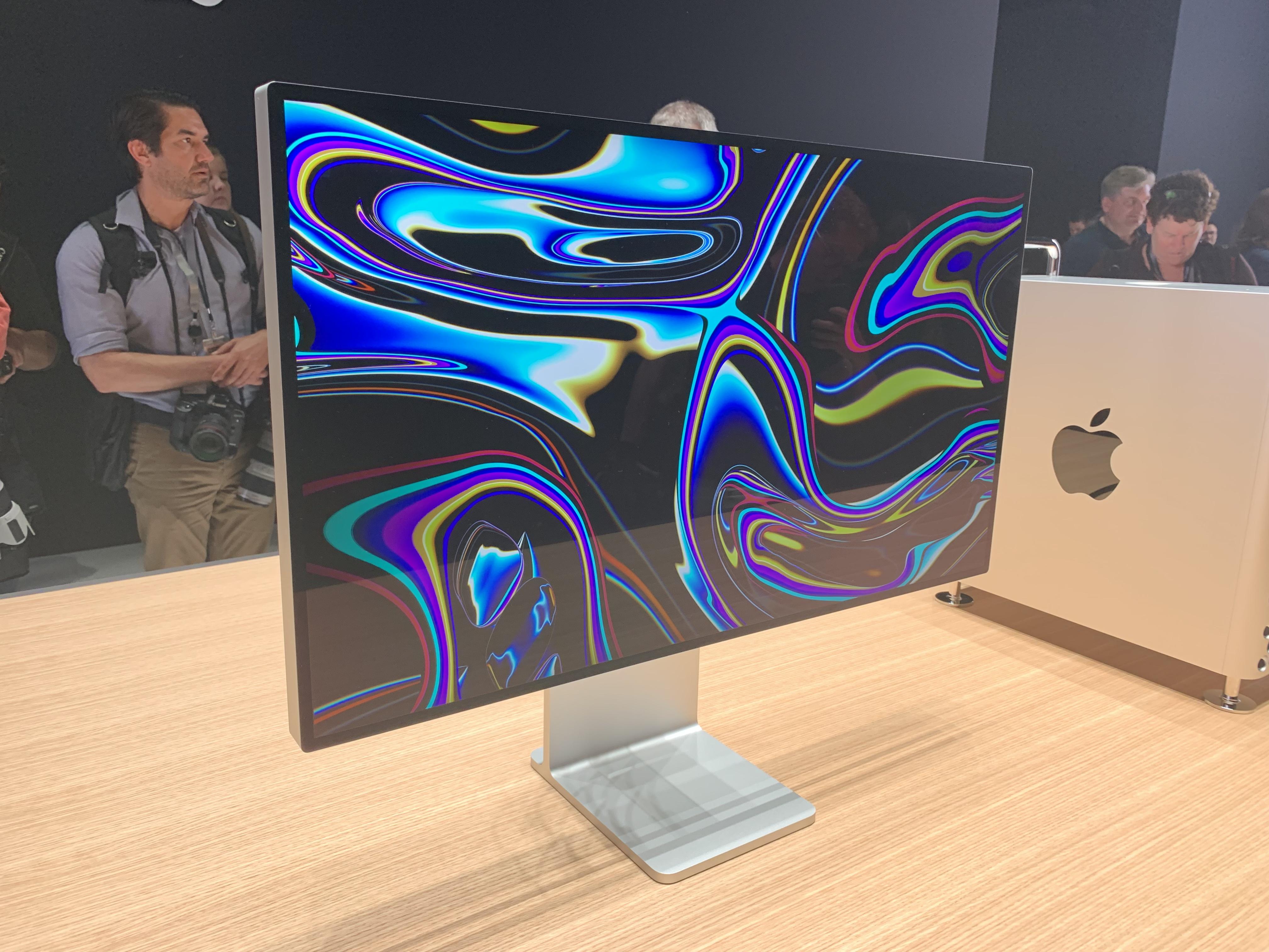Apple pro display XDR 2
