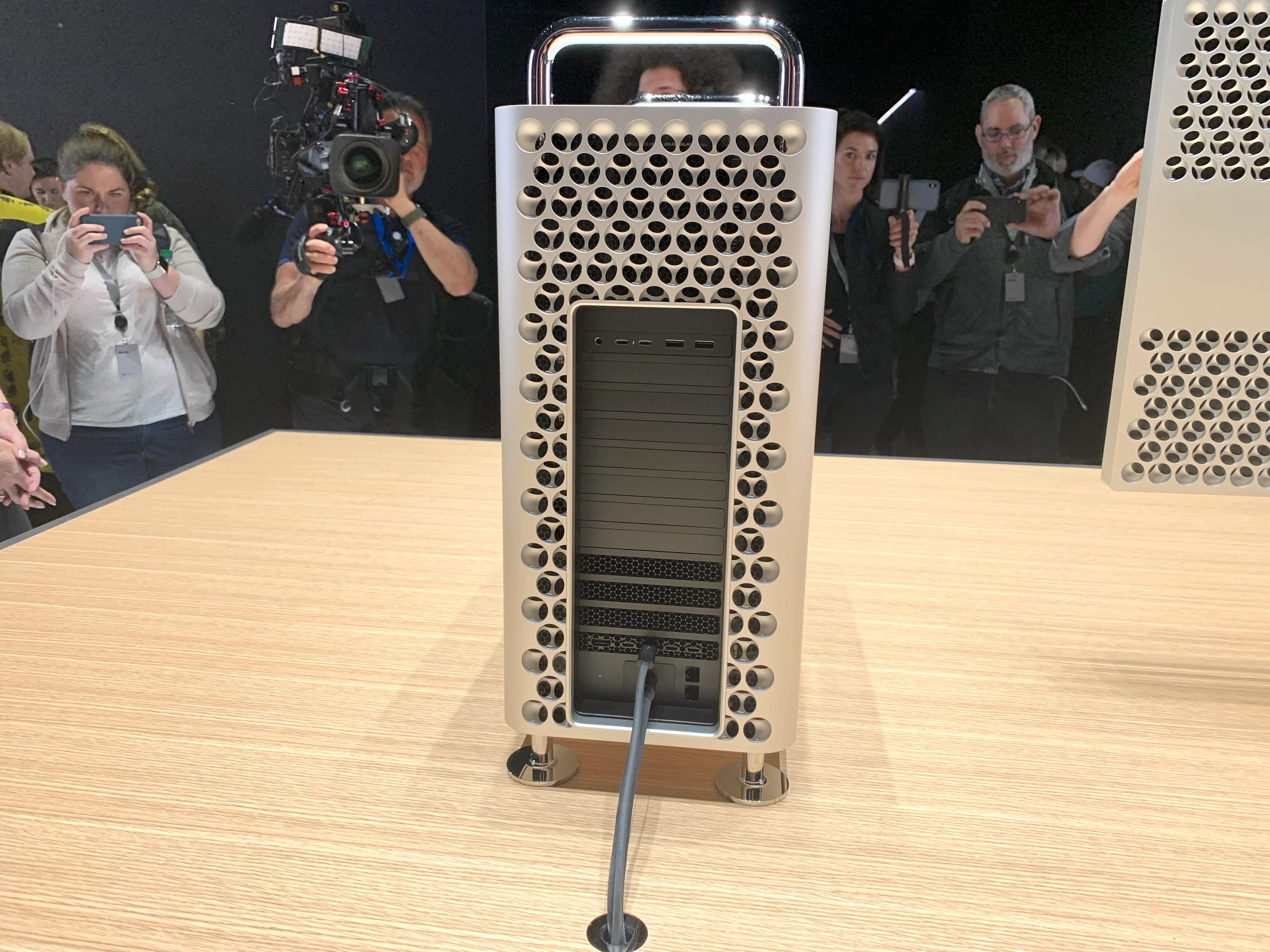 Mac Pro 2019 achterkant