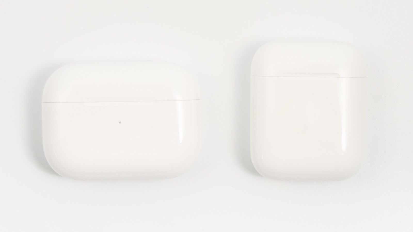 AirPods Pro case vs airpods 001