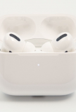 AirPods Pro in case 001