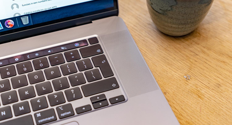 MacBook Pro 16-inch 13