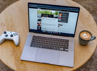 MacBook Pro 16-inch 17