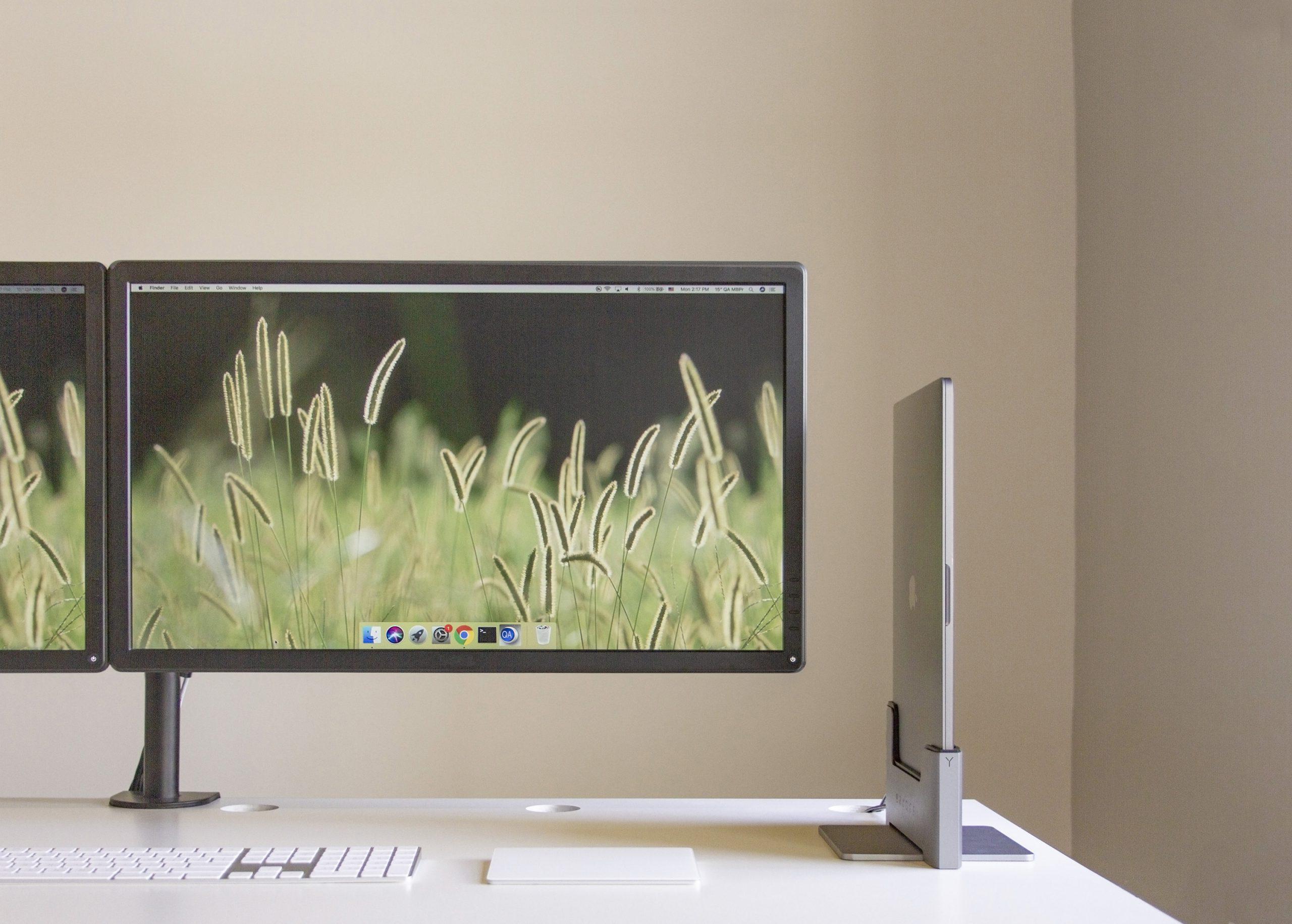 Brydge Vertical Dock MacBook Pro MacBook Air front