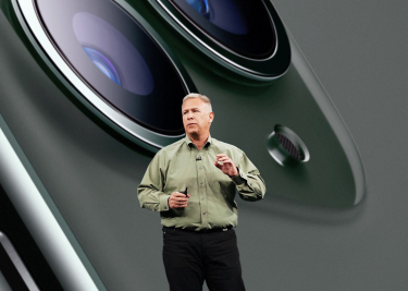 Phil Schiller iPhone 11 Pro 16x9