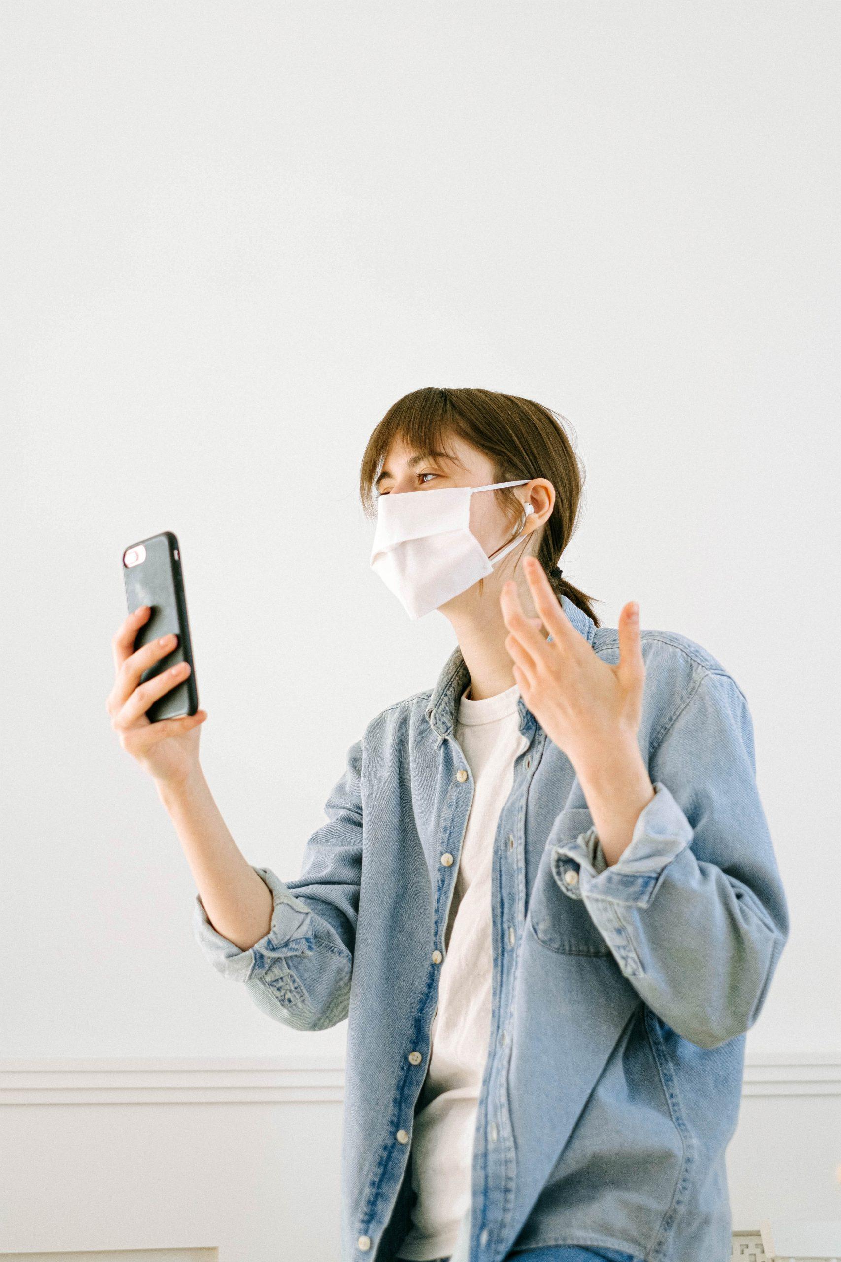 iPhone met een mondkapje