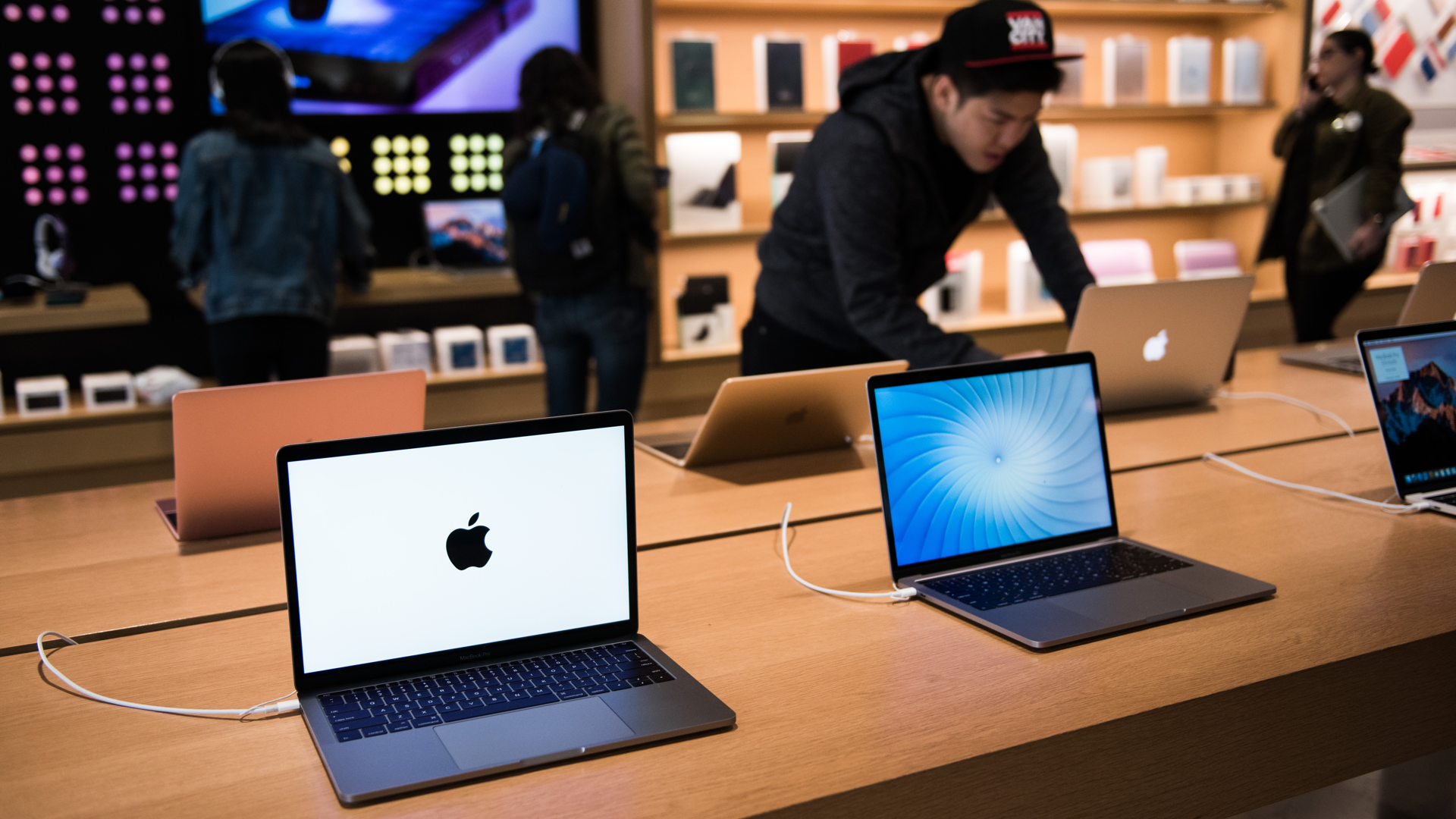 MacBook Pro 2018 Breekt Records In Benchmark One More Thing